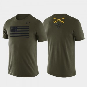 Army Black Knights Mens 1st Cavalry Division American Flag Legend T-Shirt - Green