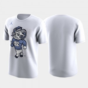 North Carolina Tar Heels Mens March Madness Legend Basketball Performance Family on Court T-Shirt - White
