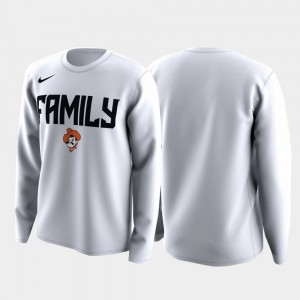 Oklahoma State Cowboys and Cowgirls Family on Court March Madness Legend Basketball Long Sleeve For Men's T-Shirt - White