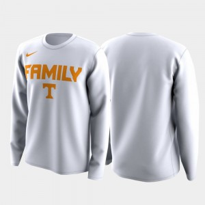 Tennessee Volunteers Family on Court March Madness Legend Basketball Long Sleeve Mens T-Shirt - White